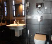 Душ и туалет на 2-ом уровне